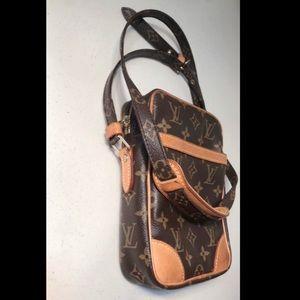 Authentic Louis Vuitton Monogram Crossbody Bag.
